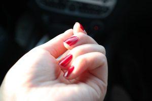 nail-polish-281878_640